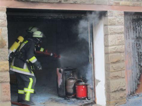 garage im haus feuer3 brennt garage im haus