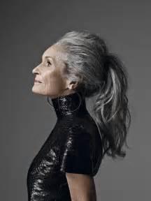 44 years and 75 grey hair haarkleuren 2015 2016 grijze haarkleuren kapsels 2017