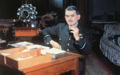 frank whittle and the invention of the jet icon science books sir frank whittle s accuses whitehall of