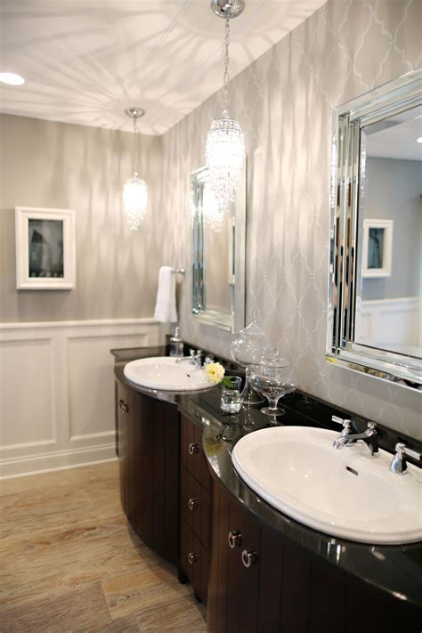 Bathroom Pendant Lighting and How to Incorporate It into