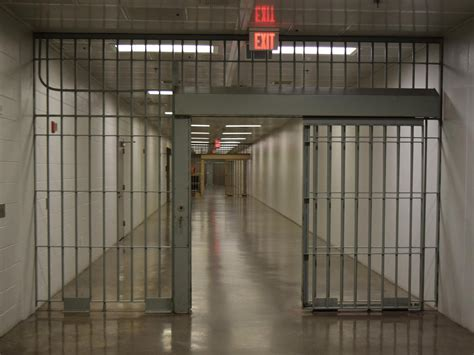 Prison Is by Arizona House Votes To Forbid Officials From