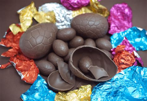 chocolate easter eggs top 5 reasons chocolate is good for us the good newsroom