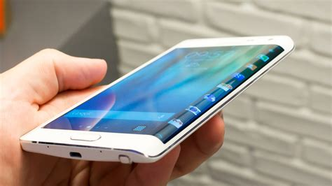 Rumors on the Samsung Galaxy S6 Edge