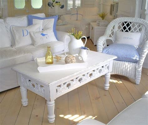 Shabby Chic White Coffee Table 17 Best Images About Shabby Chic Coffee Table On Oval Coffee Tables Distressed