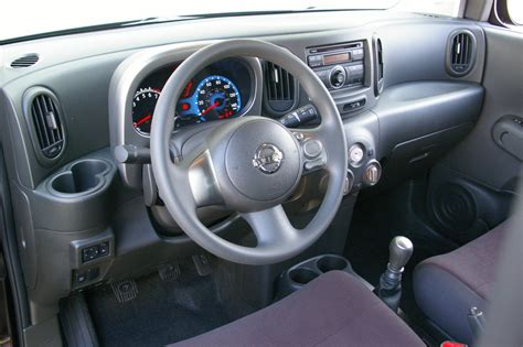 cube cars inside nissan cube interior floors doors interior design