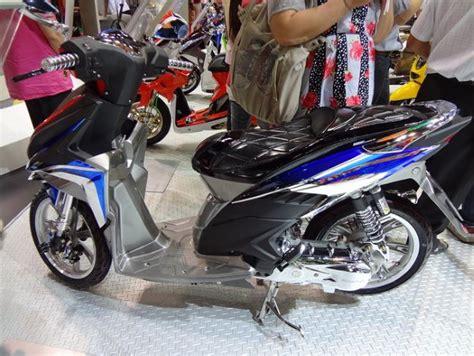 Yamaha Xeon 2010 Keren Velg Mahal modifikasi vario series dari motor show 2011 thailand