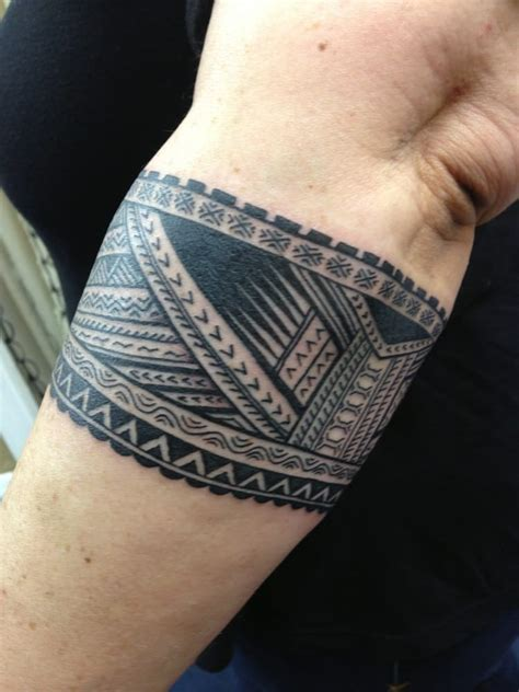 tattoo band polynesian forearm band www imgkid the