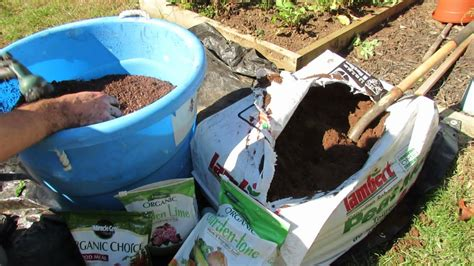 peat moss in a vegetable garden home guides sf gate