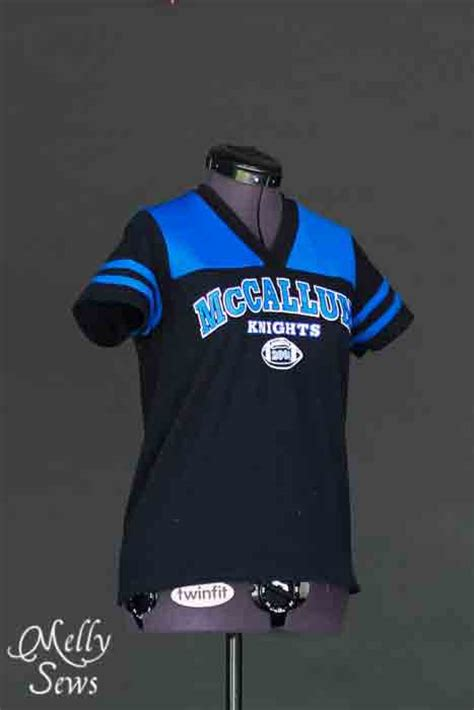 jersey pattern football women s football jersey tutorial with free pattern melly