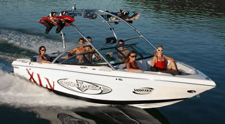 moomba boat line up research 2008 moomba boats mobius xlv gg on iboats