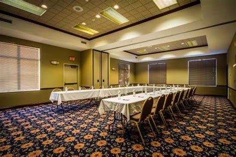 comfort suites madison west comfort suites madison west updated 2017 hotel reviews
