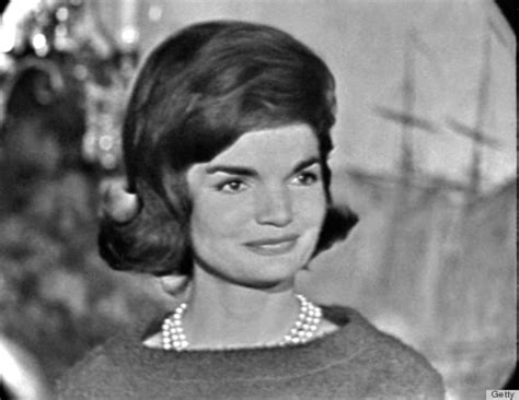 imagenes jackie kennedy 1960s hair icons who taught us everything about big hair