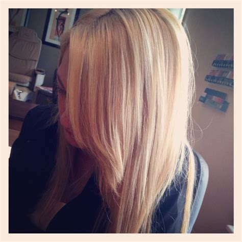 natural blonde hair with lowlights blonde with natural looking lowlights hair by me pinterest