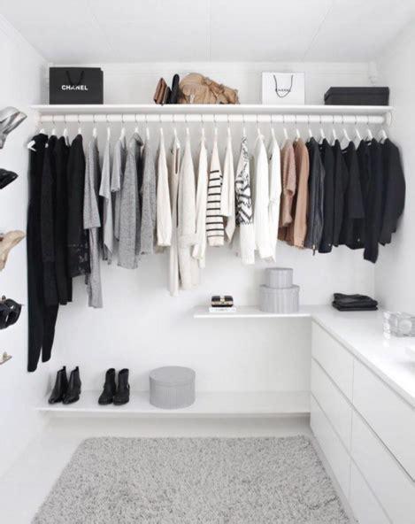 garde robe minimaliste la garde robe minimaliste simplifiez vous la vie gr 226 ce 224