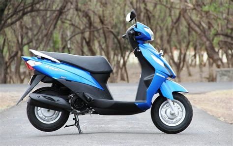 Suzuki Lets Top 10 Best Scooty For And In India 2014