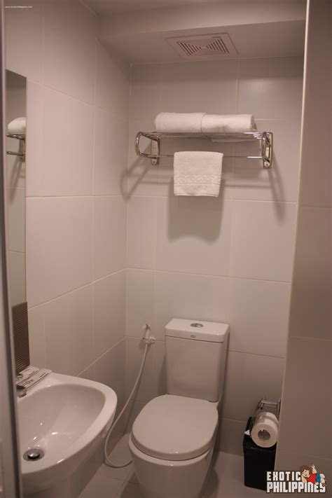 philippine bathroom 1 night stay at aurumone makati hotel