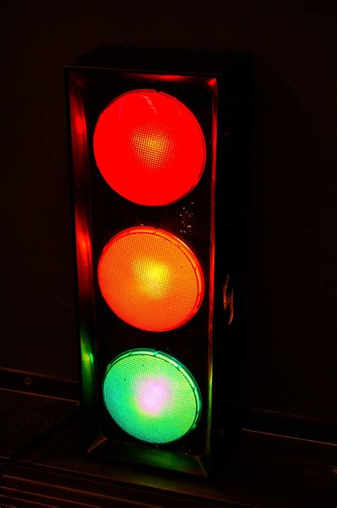 traffic light images free free traffic light stock photo freeimages com