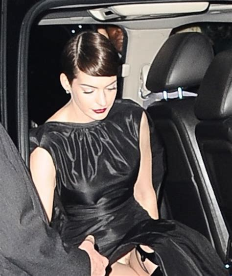 hair vegine pic anne hathaway flashes vagina most embarrassing celeb