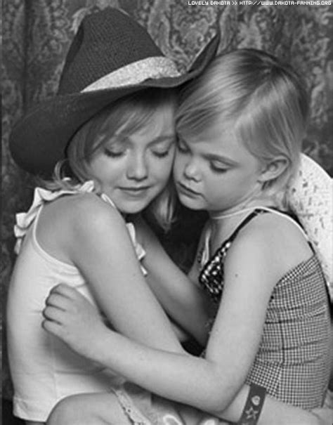 DAKOTA FANNING: Viewpoint: FANNING SISTERS ARE KEEPERS