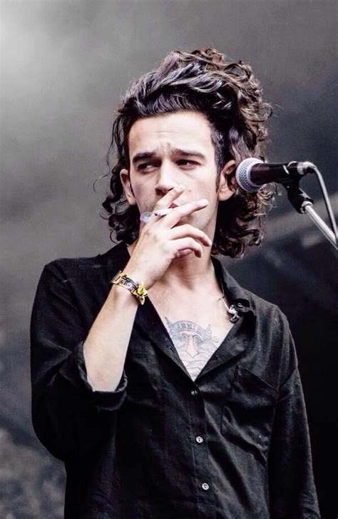 how to get matthew healys haircut how to get matty healys hairstyle matty healy one of my