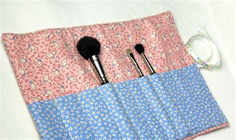 pattern for makeup brush roll how to makeup brush carrier by crafty gemini youtube