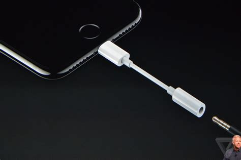 iphone dongle here s the free iphone 7 dongle you ll need to keep using your current headphones the verge