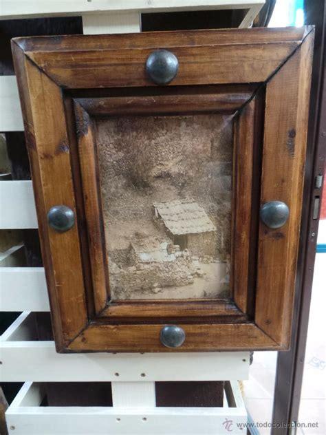 cuadro con marco rustico cuadro con marco en madera maciza comprar marcos