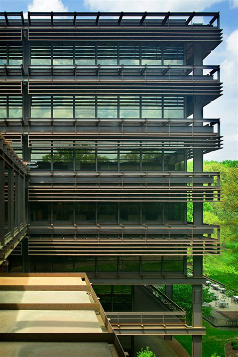 Deere Corporate Office by Deere Company World Headquarters Moline Il On