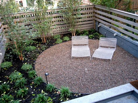 Landscaping With Pavers Ideas Pea Gravel Patio Pea Gravel Paver And Gravel Patio