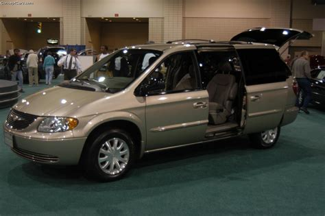chrysler town country lx photos and comments www picautos com