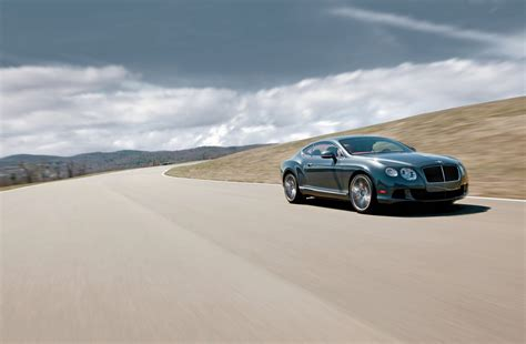 bentley ferrari htons on the hudson ferrari ff vs bentley continental gt