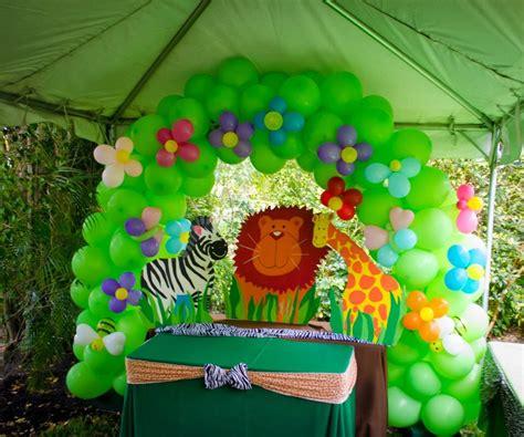 jungle theme birthday decorations the crafty reporter baby katia s