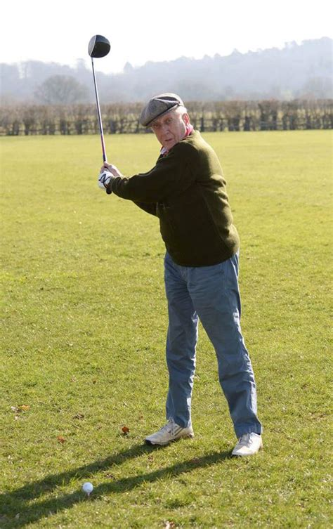 golf swing for older golfers golf club membership falling means clubs welcome older