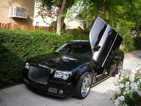 chrysler 300 blacked out lights another xtremesrt8 2005 chrysler 300 post 3011484 by