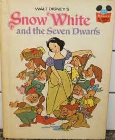 tami reads walt disney s snow white and the seven dwarfs