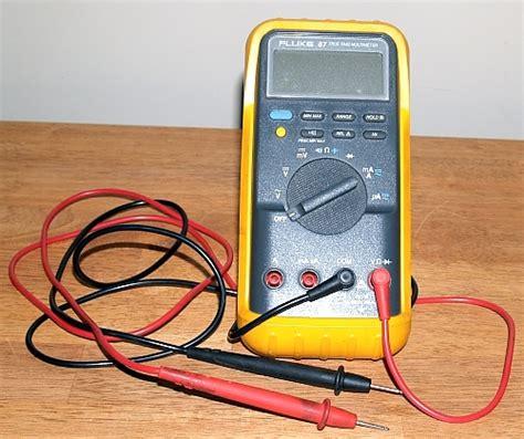 how to check capacitor with fluke 87 fluke 87 true rms multimeter