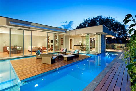 maison contemporaine avec piscine 02