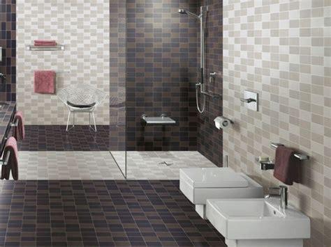 bagni con piastrelle rifare il bagno piove di sacco sostituzione