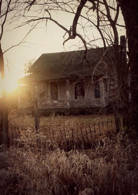 conjuring house abandoned house looks something from the conjuring rebrn com