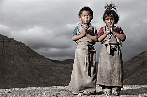 biography of famous person in nepal responding to tragedy the sherpa fund nepal tibet and