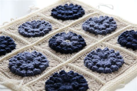 Sprei Katun Flower Uk 180x200x25 crejjtion crochet flower