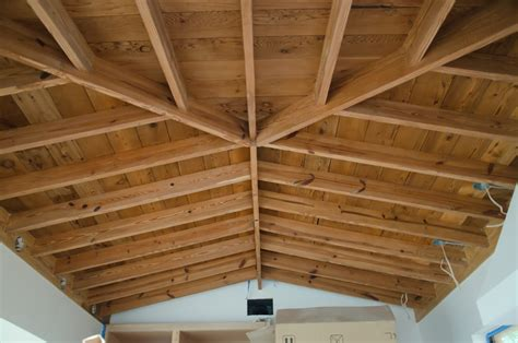 decke holzbalken open beam ceilings what a find