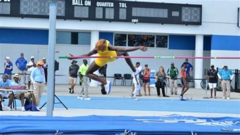 Jump Tiara by Rankings High Jump Tiara Mcminn Makes It
