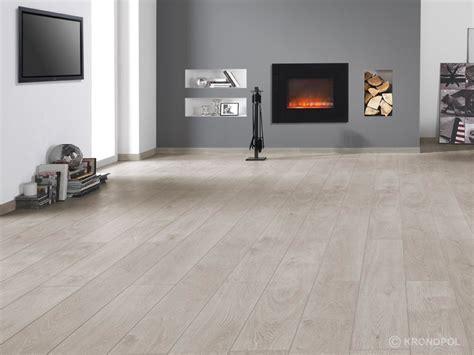 Gallery   Download   Kronopol Platinium Flooring   SWISS KRONO