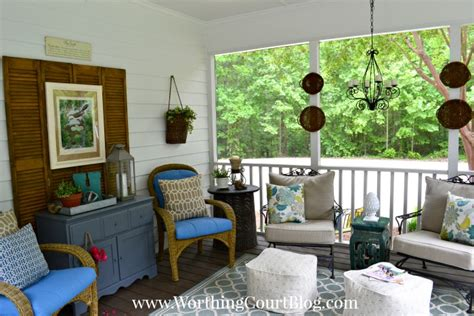 Screen Porch Windows Decor A Screened Porch For Warm Summer Days