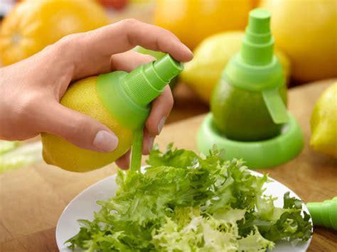 Citrus Spray Fruit attachable fruit spray pumps lekue citrus spray