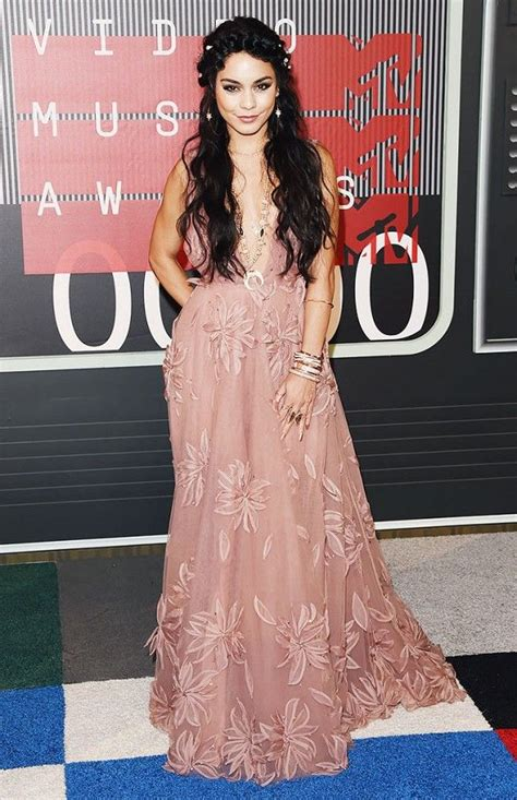 Fanessa Dress Pink Pink the outrageous vma looks you need to see pink gowns
