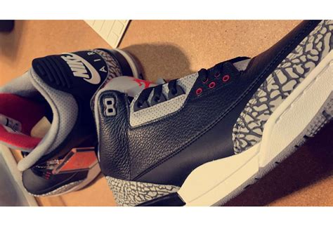 Sneakers Keychain Air 3 Black Cement air 3 quot black cement quot 2018 look sneakernews