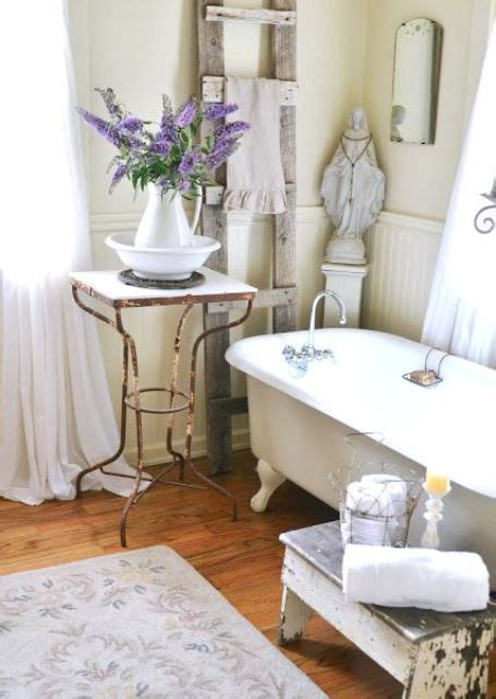 vintage bathroom decor 26 refined d 233 cor ideas for a vintage bathroom digsdigs