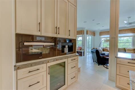 tommy bahama kitchen cabinet genies kitchen and